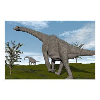 Papeterie Dinosaure de Brachiosaurus marchant - 3D rendent