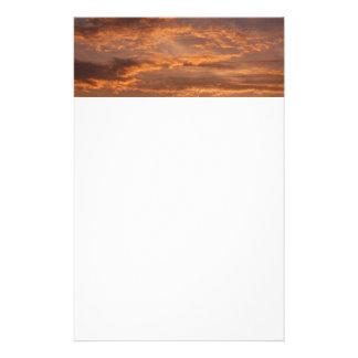 Papeterie Le coucher du soleil opacifie la photographie
