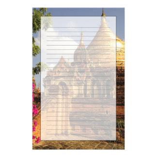 Papeterie Pagoda de Dhamma Yazaka chez Bagan (païen),