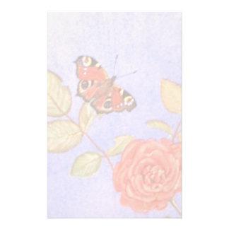 Papeterie Papillon de paon sur l'art de roses