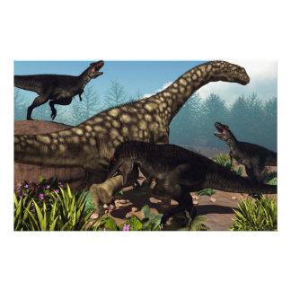 Papeterie Tyrannotitan attaquant un dinosaure