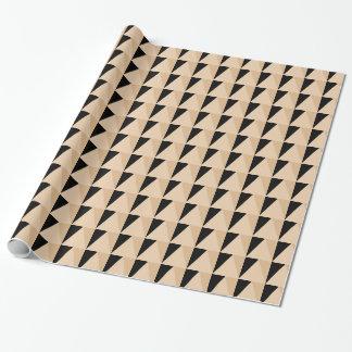 Papier Cadeau Vacances noires rustiques de motif de triangle de
