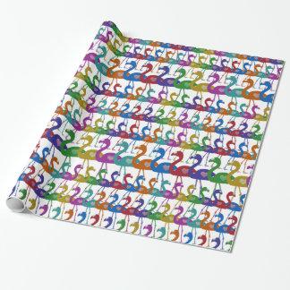 Papier d'emballage de flamant multicolore avec des papier cadeau