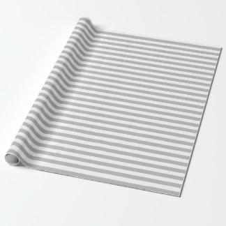 Papier d'emballage moyen de rayures grises et papier cadeau