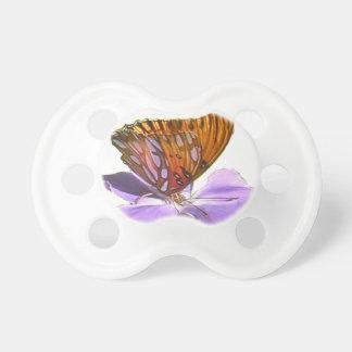 Papillon et fleur tétines