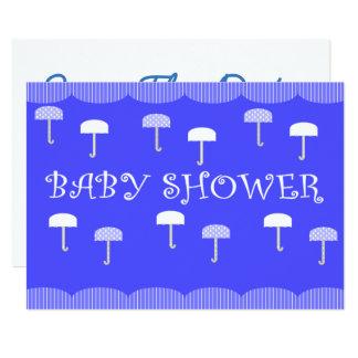 Parapluies de baby shower bleus carton d'invitation  12,7 cm x 17,78 cm