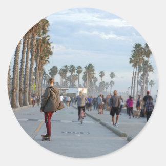 patinage à la plage de Venise Sticker Rond