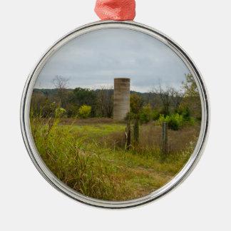 Paysage de silo de mère patrie ornement rond argenté