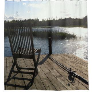 Pêche de cottage de lac de rideau en douche