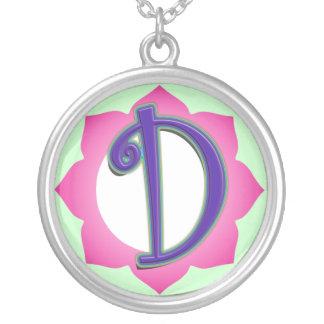 Pendentif initial de D