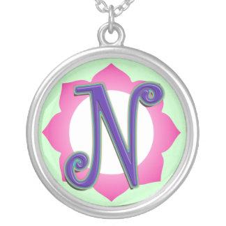 pendentif initial de N