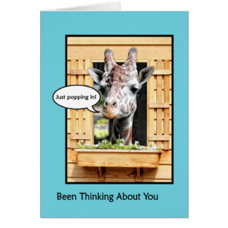 Pensée drôle à vous, girafe mignonne par la carte de vœux
