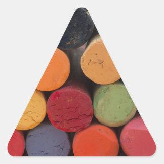 pensez en couleurs sticker triangulaire