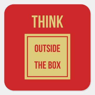 Pensez en dehors du rouge de boîte sticker carré