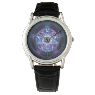 Pentagone étoilé bleu du feu de sorcellerie montre