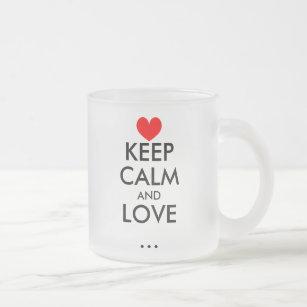 Personalizable gardent la tasse en verre d'amour