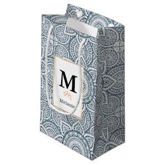 Petit Sac Cadeau Motif floral blanc bleu géométrique de mandala