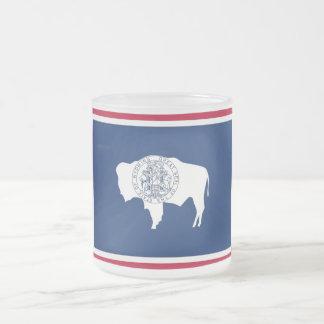 Petite tasse en verre givrée avec le drapeau
