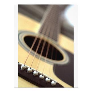 Photo de plan rapproché de guitare acoustique prospectus customisé