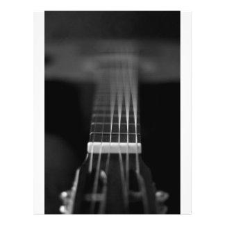 Photo noire de guitare acoustique prospectus 21,6 cm x 24,94 cm