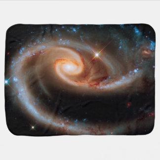 Photo rose d'espace extra-atmosphérique de Hubble Couvertures Pour Bébé