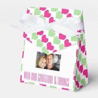 Photo verte rose 4 de coeurs de mariage ballottins pour dragées
