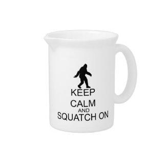 Pichet Gardez le calme et le Squatch dessus