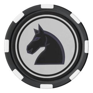 Pièce d'échecs de chevalier noir rouleau de jetons de poker
