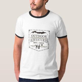 Pièce en t baguée d'aventures de logo extérieur de t-shirt