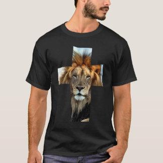 Pièce en t religieuse de croix de coeur de lion t-shirt