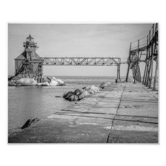 Pilier de phare de baie d'esturgeon noir et blanc tirages photo