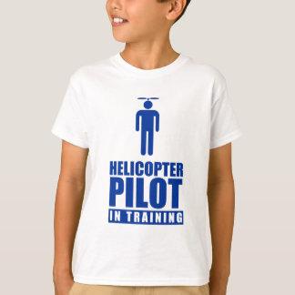 Pilote d'hélicoptère dans la formation t-shirt