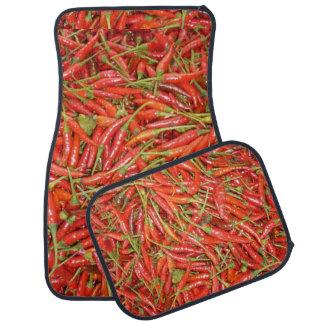 piments rouges rouges tapis de voiture