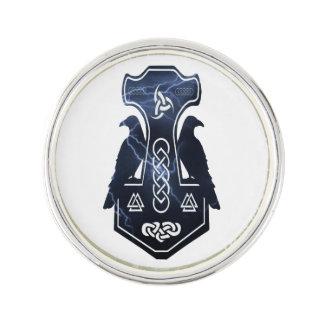 Pin's Le marteau du Thor de boulon de foudre