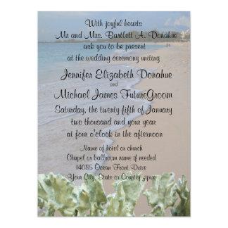 Plage de cérémonie de mariage avec le corail bleu carton d'invitation  16,51 cm x 22,22 cm
