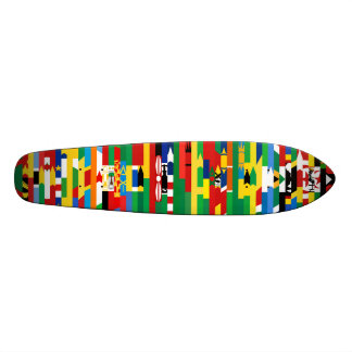 Planche à roulettes africaine de drapeaux plateaux de planche à roulettes