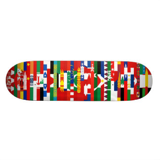 Planche à roulettes asiatique de drapeaux skateboard