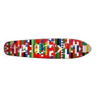 Planche à roulettes asiatique de drapeaux plateau de planche à roulettes