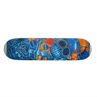 Planche à roulettes bleue et orange de crânes skateboards personnalisés