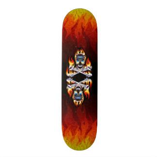 Planche à roulettes brûlante de crânes skateboards personnalisés