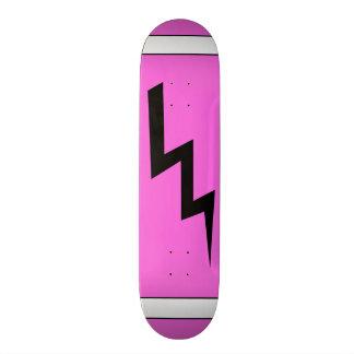 Planche à roulettes de boulon de foudre de roses plateau de skate