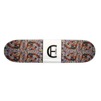 Planche à roulettes de tigre plateaux de skateboards customisés