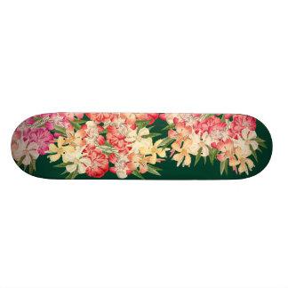 Planche à roulettes florale d'île de fleurs skateboards customisés