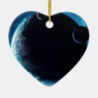 Planète avec des lunes ornement cœur en céramique