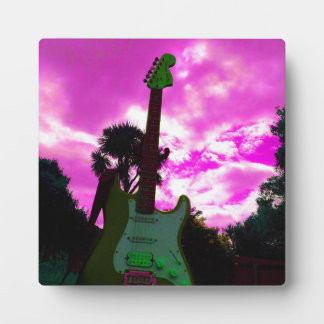 Plaque Photo Guitare sur le chevalet