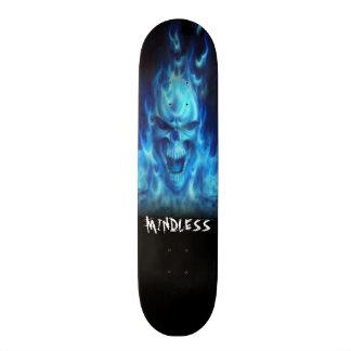 Plate-forme bleue de crâne du feu skateboards cutomisables