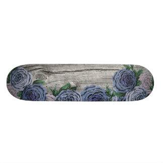 Plate-forme bleue et pourpre de planche à planche à roulette customisée