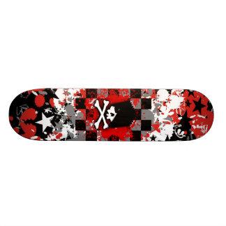 Plate-forme de planche à roulettes de crâne d'Emo Plateaux De Skate