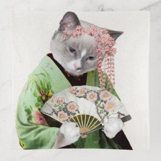 Plateau de bibelot de carré de chaton de geisha