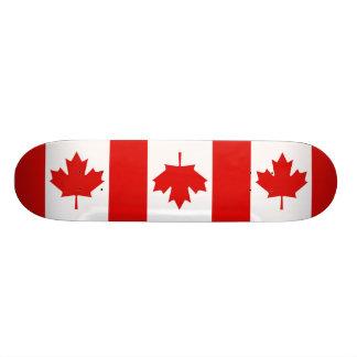 Plateau De Skateboard Le drapeau de feuille d'érable du Canada